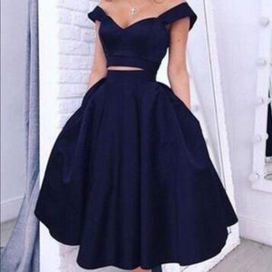 Dresses & Skirts - Navy Prom/Homecoming dress